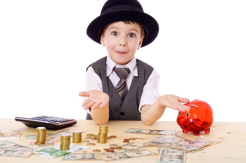 Cele 3 greseli de parenting care ii fac pe copii sa devina materialisti