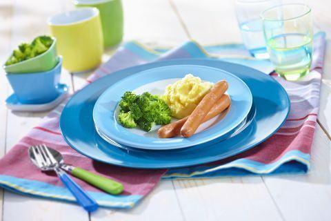 Crenvursti Martinel cu piure de cartofi si broccoli