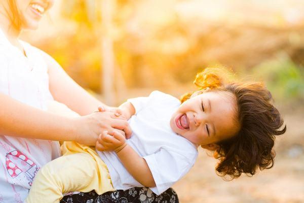 Secrete de parenting pentru mame