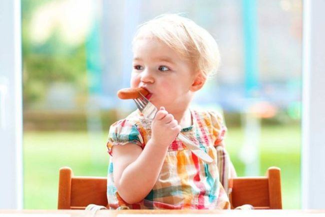 Alimente interzise copiilor sub 3 ani