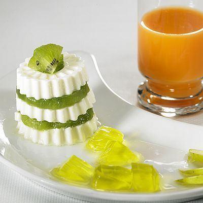 Miez de Lapte cu Kiwi si dulceata de fructe