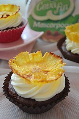 Muffins cu ananas si mascarpone