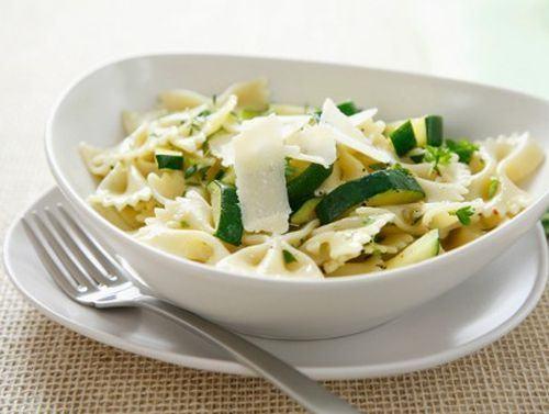 Paste cu zucchini si branza