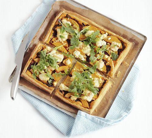 Tarta cu dovleac, feta si seminte de pin