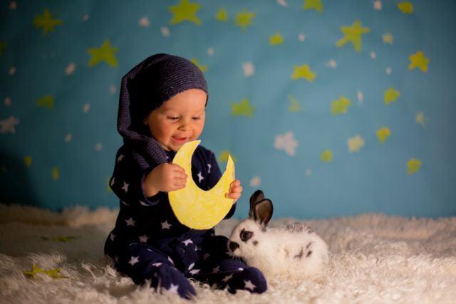10 curiozitati despre copiii nascuti in luna mai
