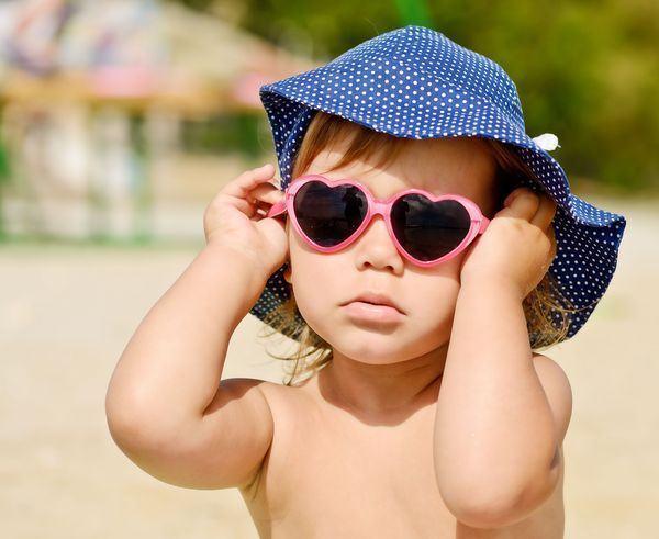 Cum sa alegi cele mai utile accesorii vestimentare pentru copilul tau