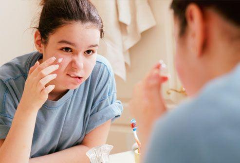 Igiena copilului adolescent. Ce trebuie sa stie?