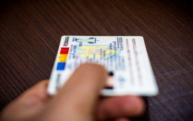 Eliberarea actului de identitate la 14 ani: acte necesare