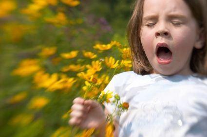 Diferentele dintre astmul bronsic si alergiile de sezon la copii