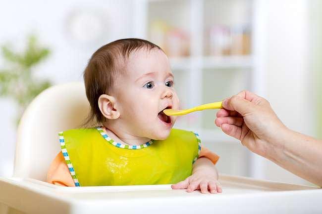 Cum stii ca bebelusul a mancat suficient? Ce spune nutritionistul