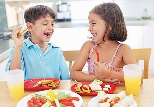 Orarul meselor la copilul de 3-6 ani