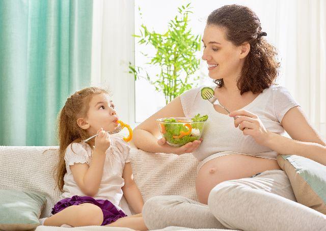 8 vitamine si minerale esentiale pentru sarcina