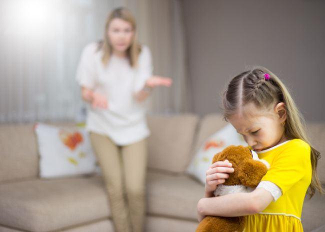 De ce nu este bine sa ameninti sau sa sperii copilul