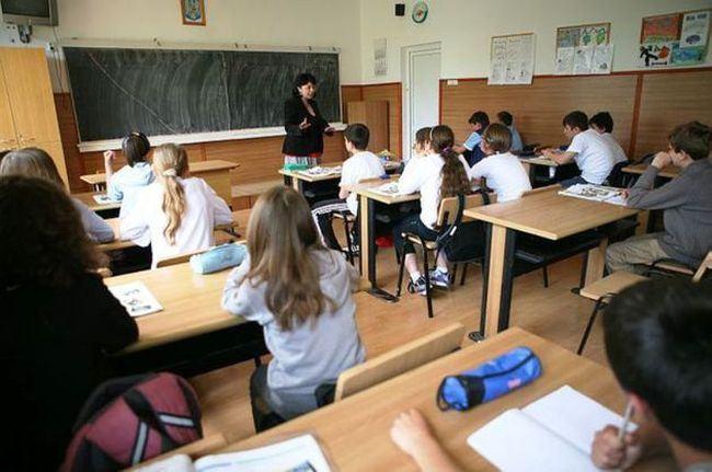 Noutati in structura anului scolar 2019-2020. Elevii de clasa a VII-a vor sustine simularea pentru Capacitate