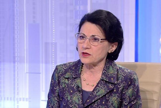 Ce spune Ecaterina Andronescu dupa decesul baietelului inecat in fosa septica