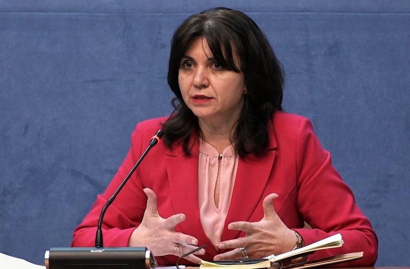 Ministrul Educatiei: Examenele nationale, decalate in iulie. Ce se va intampla cu anul scolar