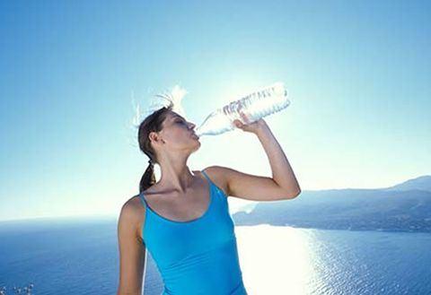 Beneficiile apei minerale pentru sanatate