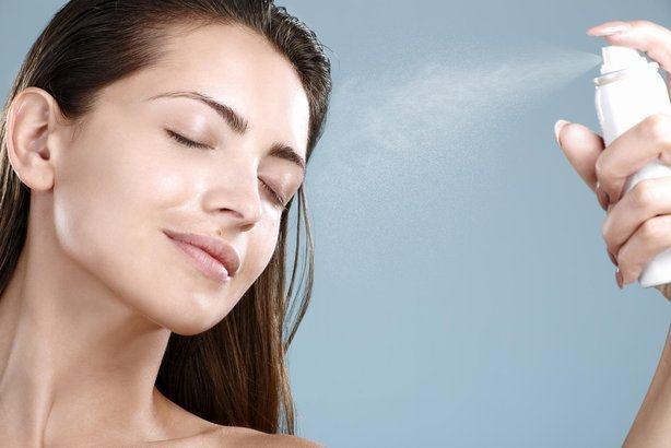 Vara aceasta improspateaza si calmeaza pielea sensibila cu apa termala