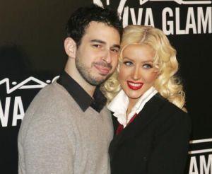 Christina Aguilera a devenit mamica