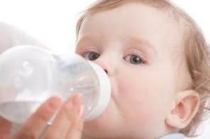 Deshidratarea la bebelusi