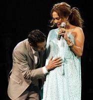 Jennifer Lopez insarcinata cu gemeni?