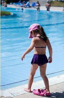 Siguranta copiilor la piscina