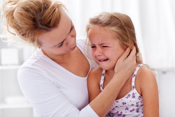 Ascultarea activa sau de ce e bine sa–ti lasi copilul sa se descarce prin plans
