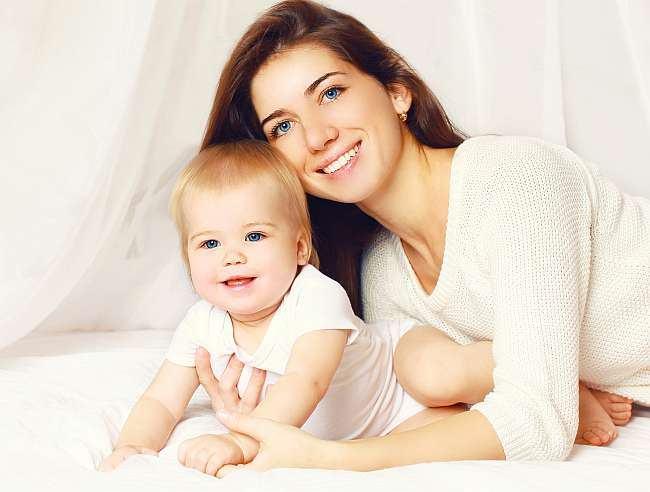 Asigurarea medicala, indispensabila pentru parinti si copii