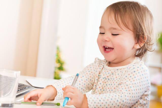 Primele semne care pot indica autismul la bebelusi si toddleri