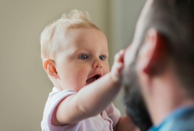 Semne care pot indica autismul inca de la varsta de 6 luni
