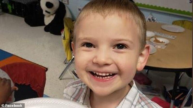 """Drama unui baietel de 5 ani. A fost acuzat de """"hartuire sexuala"""" la gradinita. Ce facea copilul"""