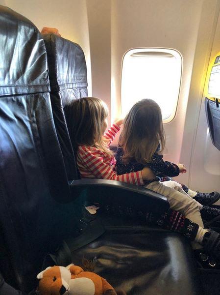 Cum a fost in vacanta la Madrid cu doi copii mici. Prima calatorie cu avionul