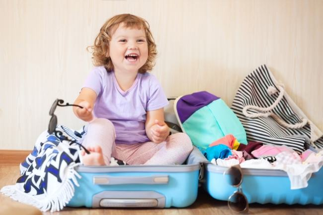 Bagajul de calatorie al copilului mic. Lista cu lucruri indispensabile