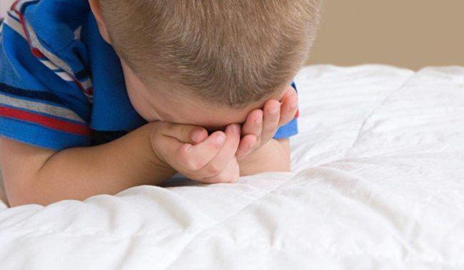 Coordonatoarea cresei din Iasi, unde copiii erau jigniti si invatati sa injure, a fost batuta de un parinte