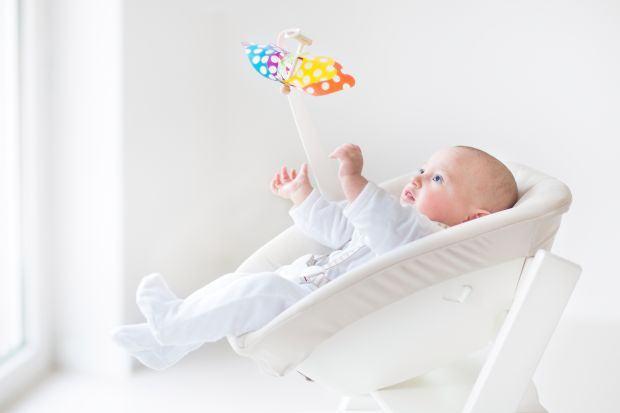 Vrei sa cumperi un balansoar pentru bebe? Uite ce lucruri trebuie sa iei in considerare