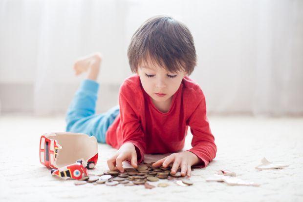 Educatia financiara : Cum si de ce sa ne invatam copiii sa gestioneze banii?