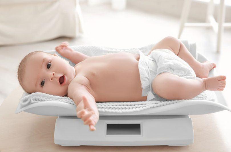 Nou nascutul nu ia in greutate? Ce sa faci si cand sa te ingrijorezi