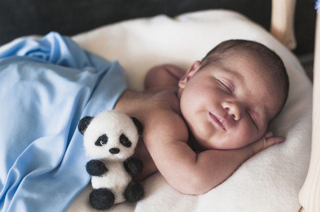 Trucuri prin care iti faci copilul sa doarma toata noaptea