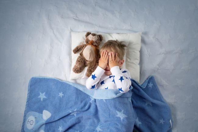 Scrisoarea unui bebelus lasat sa doarma singur