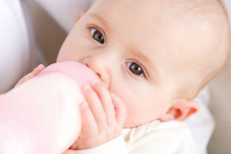 Biberonul afecteaza dintii copilului?