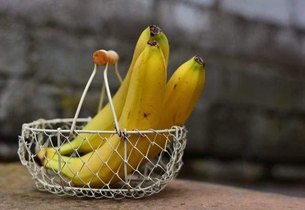 bebelus-burtica-banana