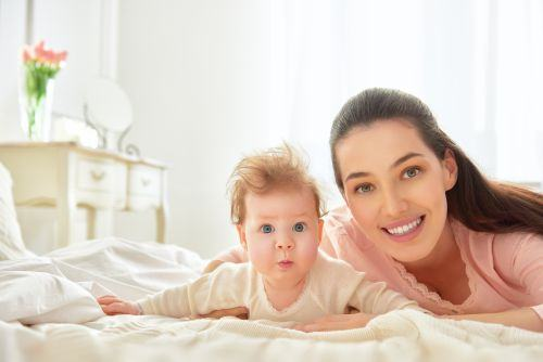 Cand invata bebelusii sa se rostogoleasca?