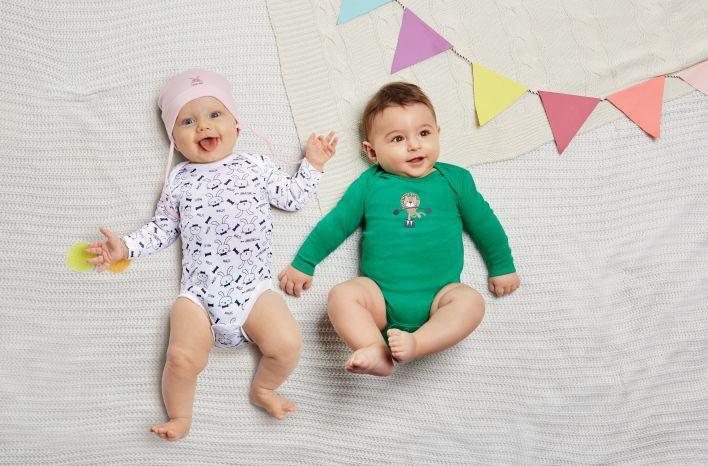 Must-have pentru bebelusi: body-ul