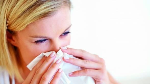 Boli care se agraveaza toamna: 5 tratamente naturiste