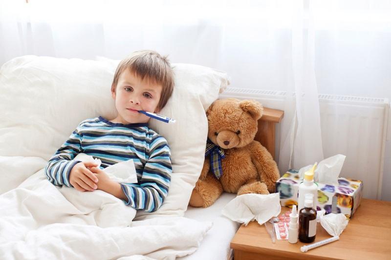 10 SFATURI pretioase de la medici pentru a tine copilul departe de gripa si de alte boli ale sezunului rece