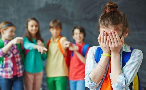 Bullying: 3 abilitati cheie care iti ajuta copilul sa combata hartuirea
