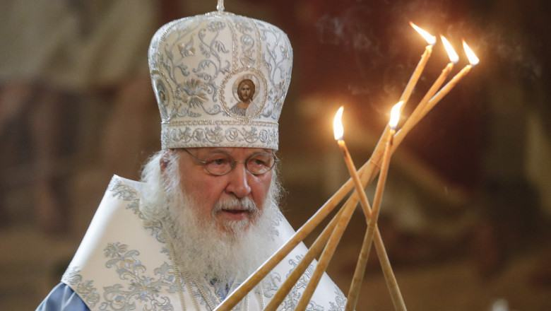 """Patriarhul Moscovei le cere femeilor sa nu mai avorteze: """"Da nastere copilului si da-ni-l noua, Bisericii"""""""