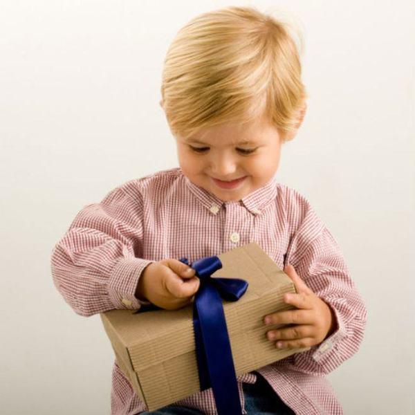 Ce jocuri si jucarii sa ii faci cadou copilului tau