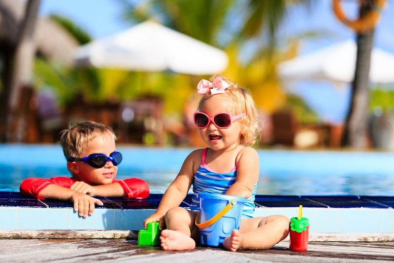 Sapte trucuri pentru protejarea bebelusilor si copiilor de temperaturi ridicate
