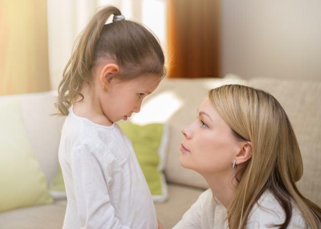 Cum sa iti ajuti copilul sa se calmeze, in functie de varsta